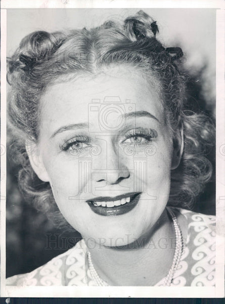 1939 Actress Gloria Stuart Press Photo - Historic Images