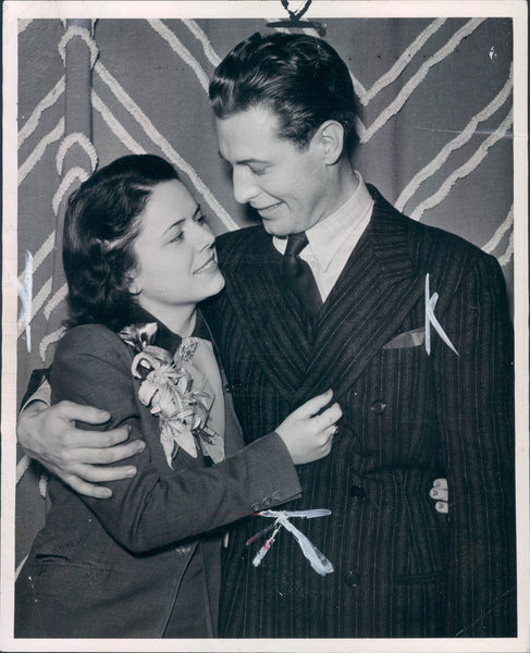 1937 Actor Bill Kennedy & June Saunders Press Photo - Historic Images
