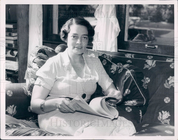 1935 Detroit Sports Announcer Ty Tyson Wife Press Photo - Historic Images