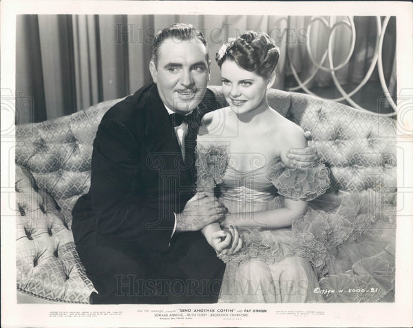 1940 Actors Ruth Terry & Pat O'Brien Press Photo - Historic Images