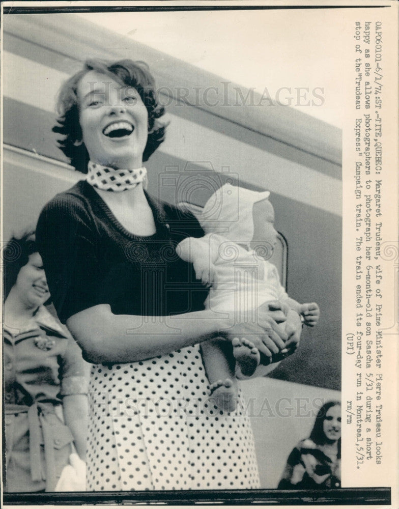 1974 Canada Margaret Trudeau Wife PM Press Photo - Historic Images