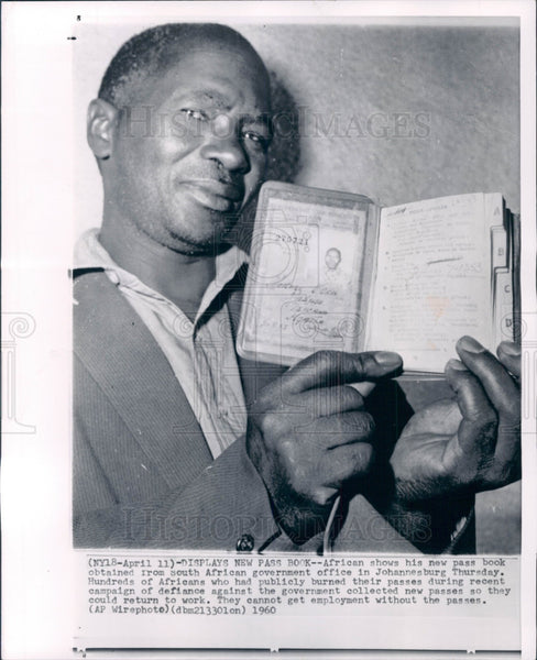 1960 African New Passport Press Photo - Historic Images