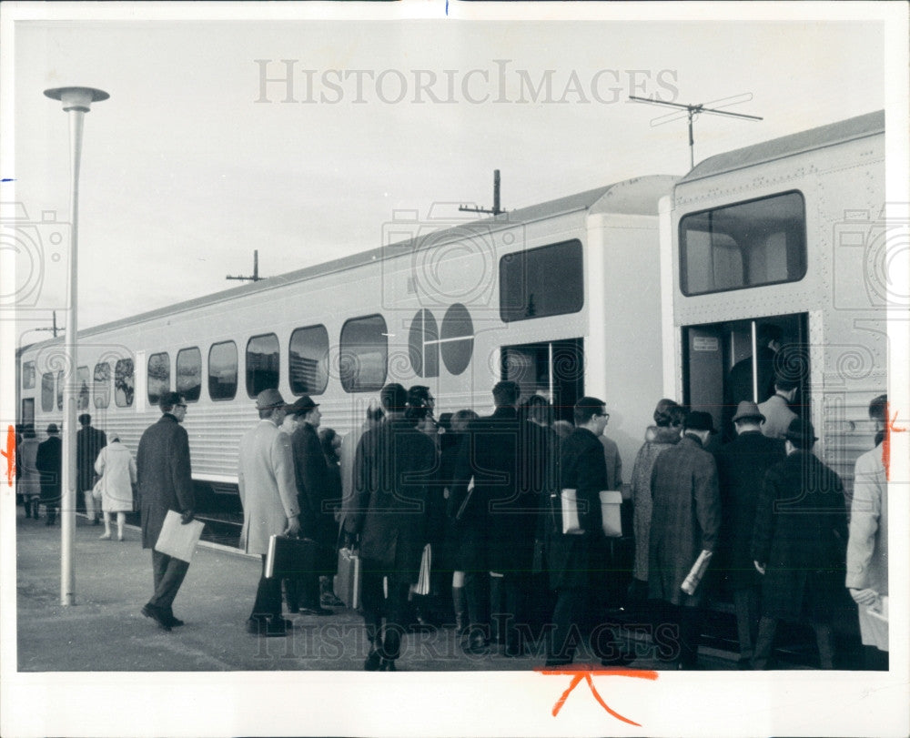 1968 Toronto Canada Commuter Railways Press Photo - Historic Images