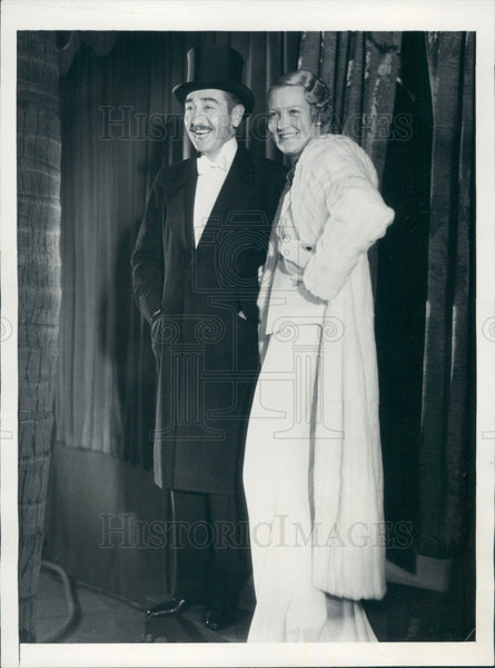 1934 Actors Verree Teasdale & Adolph Menjou Press Photo - Historic Images