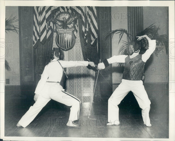 1931 Detroit Women Fencers Stock & Caswell Press Photo - Historic Images
