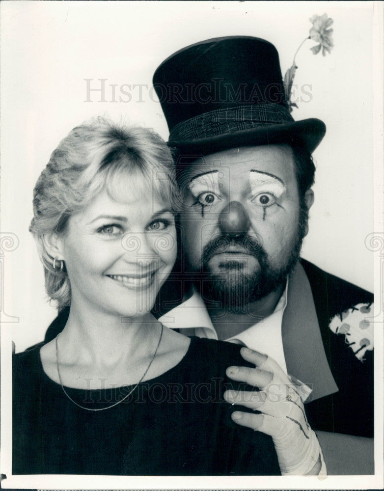 1983 Actors Dee Wallace & Dom DeLuise Press Photo - Historic Images