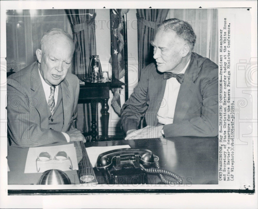 1959 US Pres Eisenhower & Christain Herter Press Photo - Historic Images
