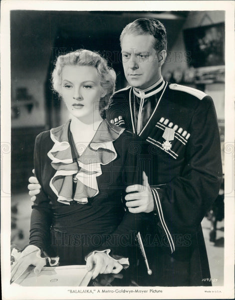 1940 Actors Ilona Massey & Nelson Eddy Press Photo - Historic Images