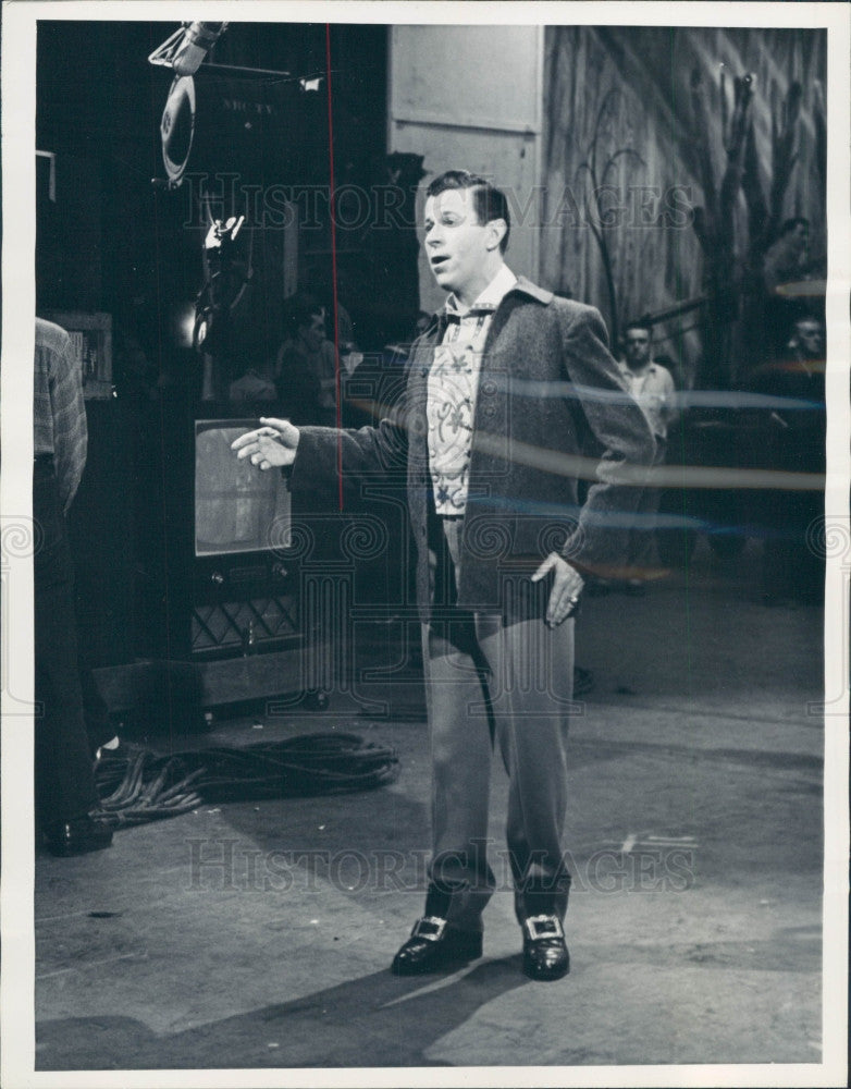 1955 Singer/Actor Dennis Day Press Photo - Historic Images