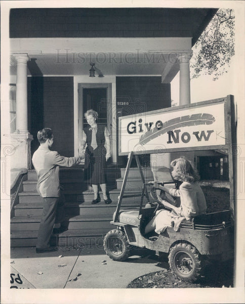 1947 Chicago Community Fund Campaign Press Photo - Historic Images