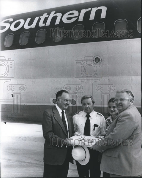 1978, Birmingham, Alabama Mayor David Vann with Others by Airplane - Historic Images
