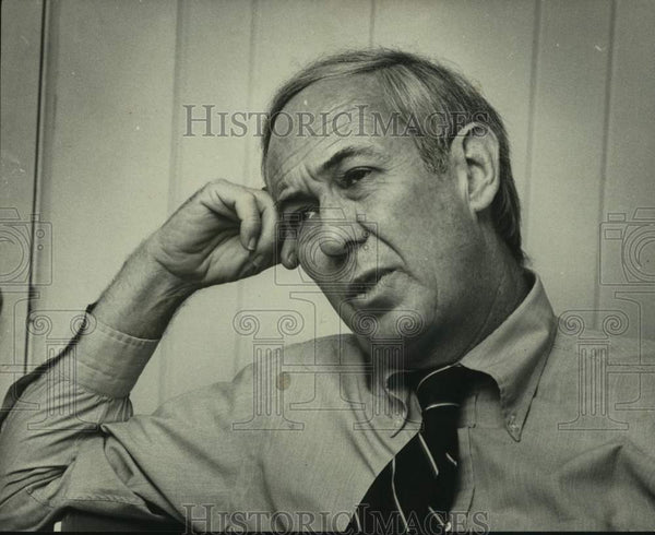 1978 Press Photo Furman Stough relaxes Alabama after first Lambeth conference - Historic Images