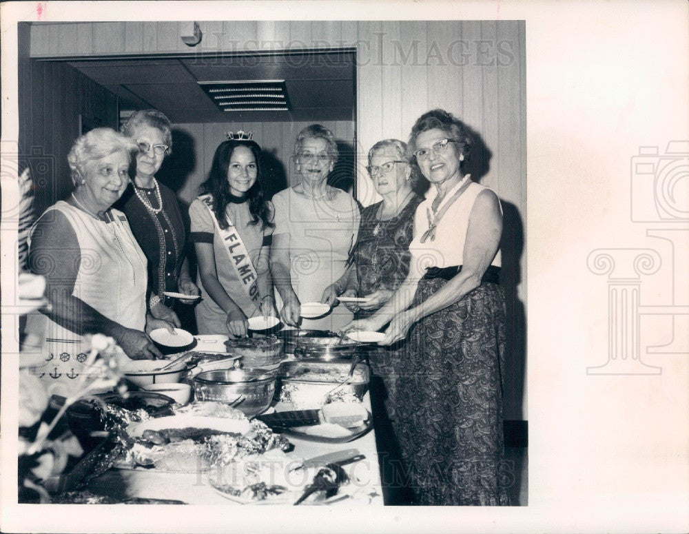 1972 SW Pasco County Florida Volunteer Fire Dept Lassies Press Photo - Historic Images