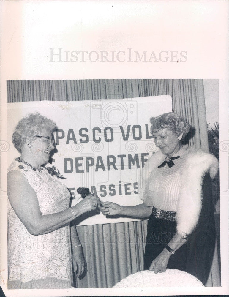 1974 SW Pasco County Florida Volunteer Fire Dept Lassies Press Photo - Historic Images