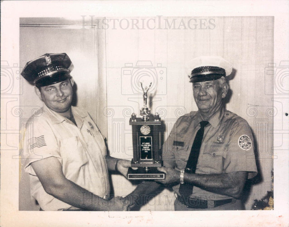 1974 SW Pasco County Florida Volunteer Fire Dept Press Photo - Historic Images