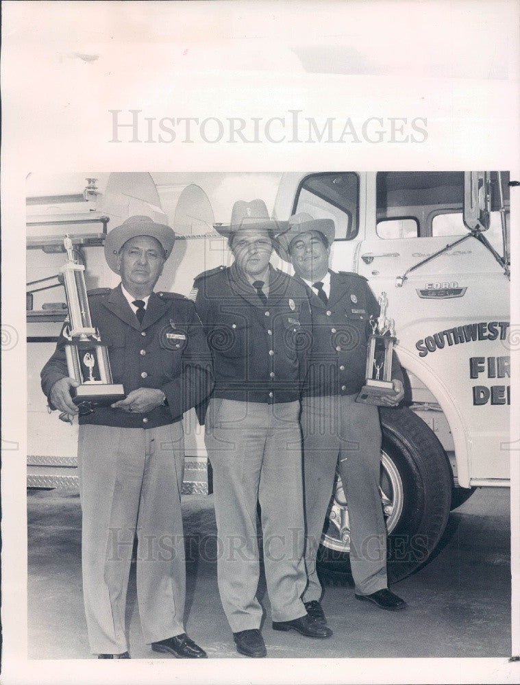 1977 SW Pasco County Florida Fire Dept Press Photo - Historic Images