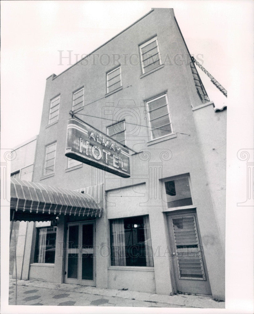1973 St. Petersburg Florida Almay Hotel Press Photo - Historic Images