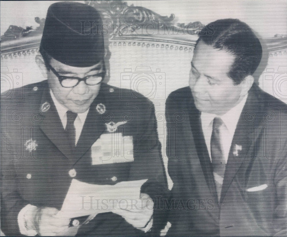 1964 Indonesia President Sukarno & Philippine President Macapagal Press Photo - Historic Images