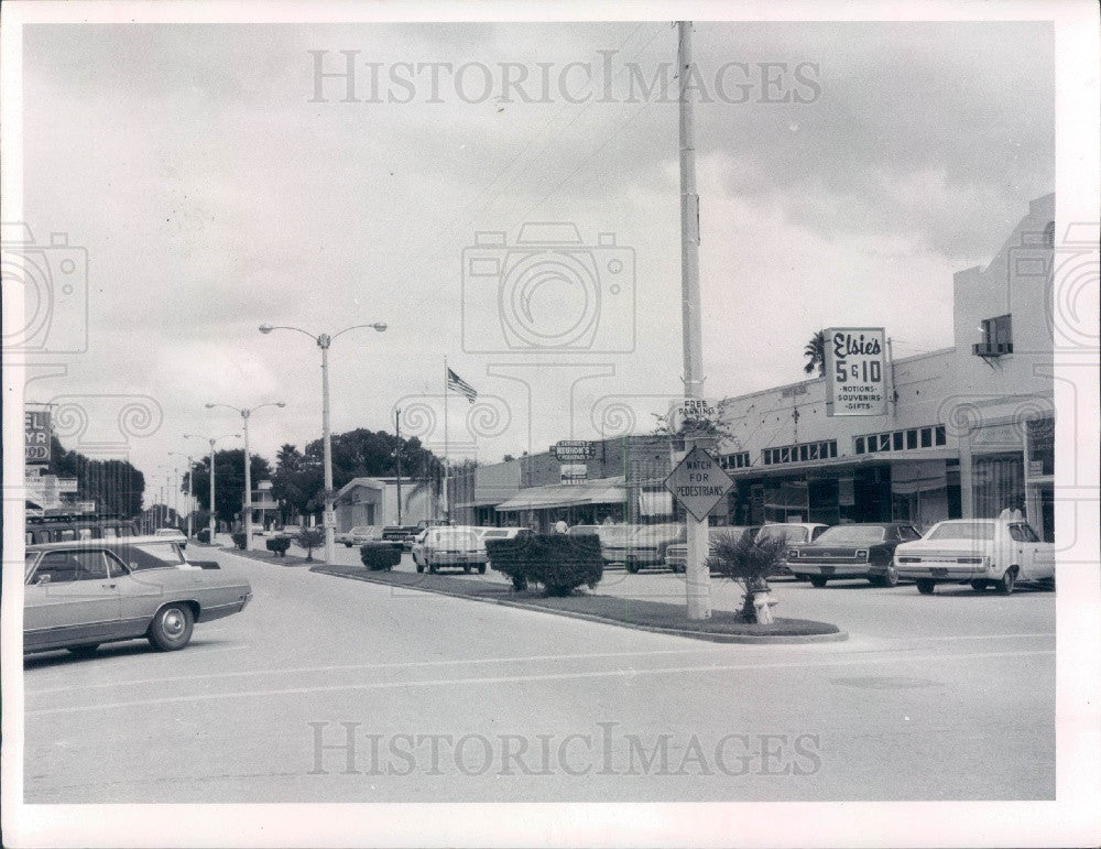 1970 Zephyrhills Florida Downtown Shopping Area Press Photo - Historic Images