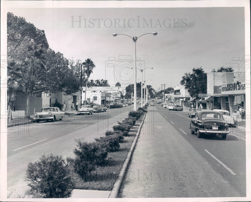 Undated Zephyrhills Florida Fifth Avenue Press Photo - Historic Images