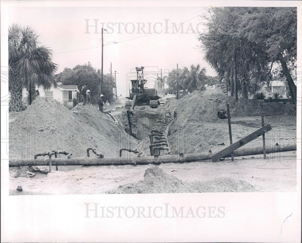 1966 Indian Rocks Beach Florida Sewer Installation Along 16th Avenue Press Photo - Historic Images