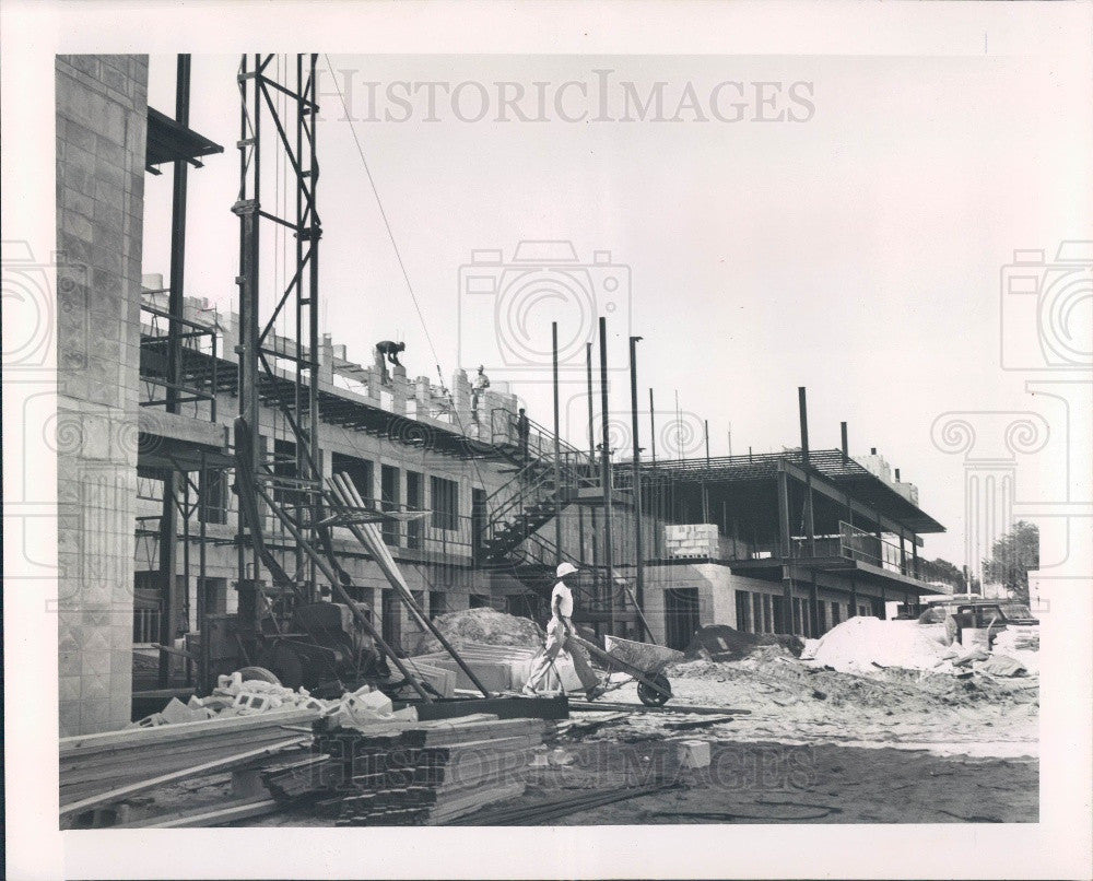 1964 Clearwater Florida Travelodge Construction Press Photo - Historic Images