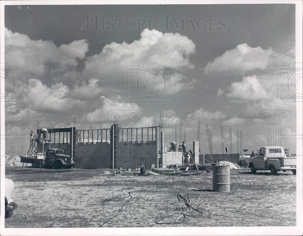 1958 Treasure Island Florida Municipal Garage Construction Press Photo - Historic Images