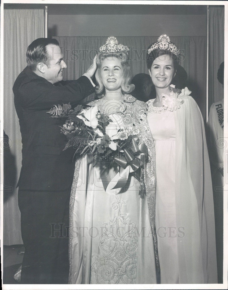 1969 Florida Miss Sunflavor Judy Pettit & Walda Anne Williamson Press Photo - Historic Images