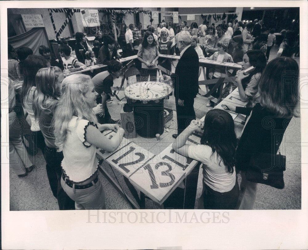 1973 St Petersburg Florida Cathedral of St. Jude Bazaar Press Photo - Historic Images