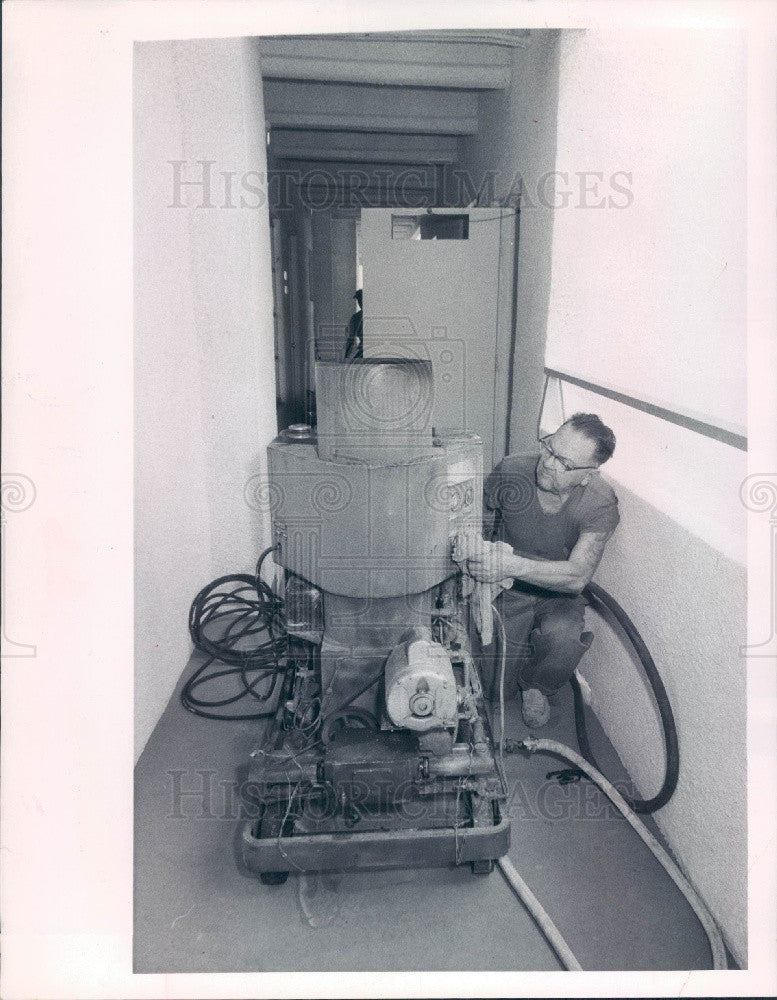 1968 St Petersburg Florida Murray the Chimney Sweep Press Photo - Historic Images