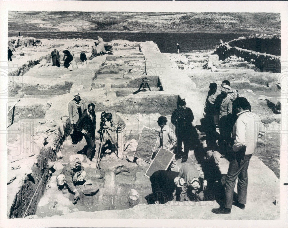1967 Jordan Valley Archaeology Biblical History Southrn Baptist Hour Press Photo - Historic Images