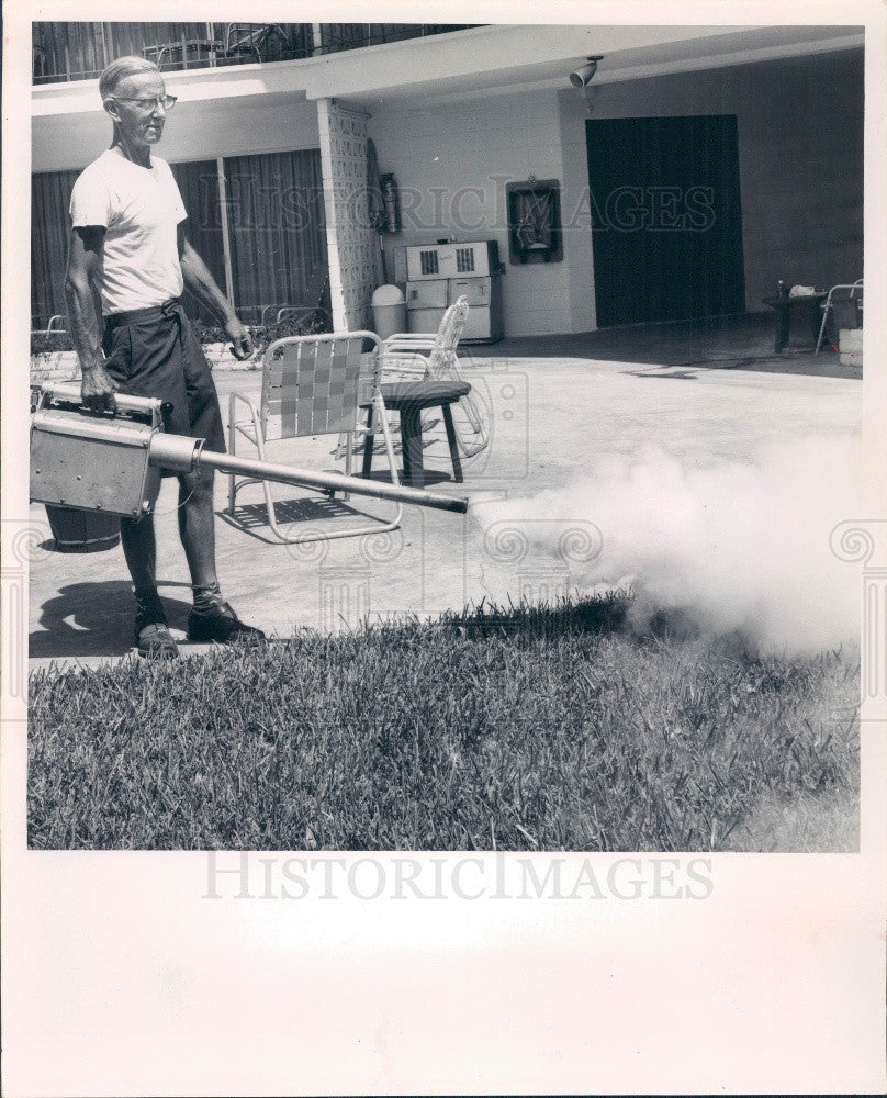 1962 St Petersburg, Florida Encephalitis Outbreak Mosquito Fogging Press Photo - Historic Images