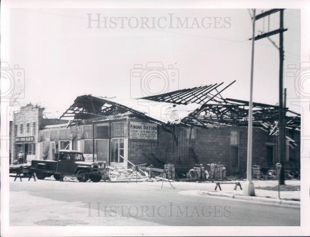 1961 Punta Gorda Florida Oswald Building Collapsed During Demolition Press Photo - Historic Images