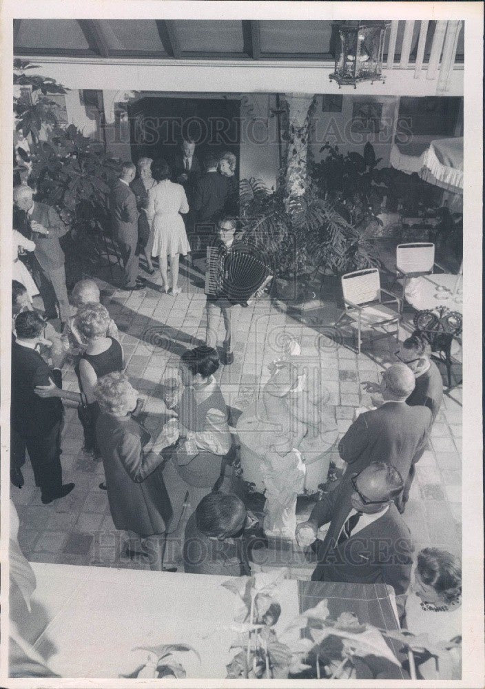 1970 St. Petersburg, Florida Golden Hearts Party George McGregor Press Photo - Historic Images