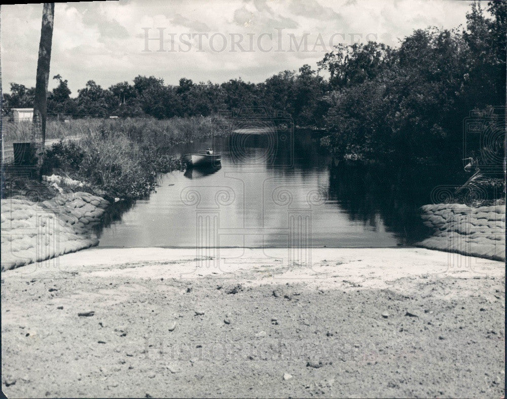 1966 De Soto County, Florida Boat Ramp at Deep Creek and Peace River Press Photo - Historic Images