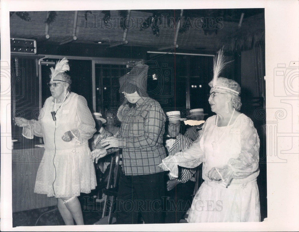 1970 Tarpon Springs, Florida Chamber of Commerce Roaring 20's Party Press Photo - Historic Images