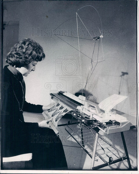 1975 Brother International Corp Knitting Machine Press Photo - Historic Images