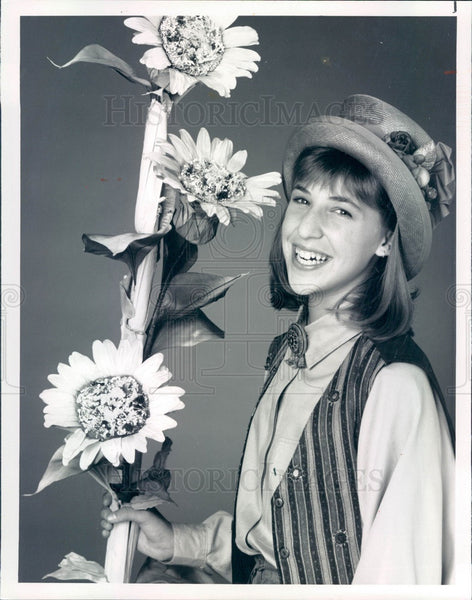 1990 Hollywood Actress Mayim Bialik Press Photo - Historic Images