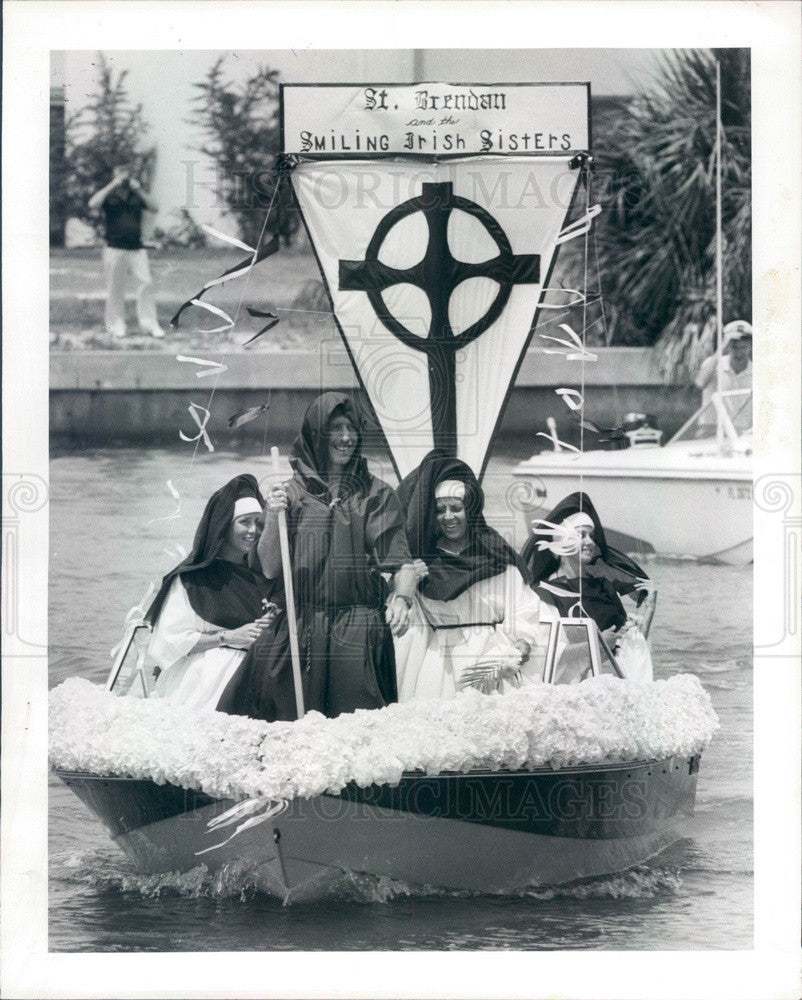 1985 St. Petersburg Florida St Brendan Catholic Church Boat Blessing Press Photo - Historic Images