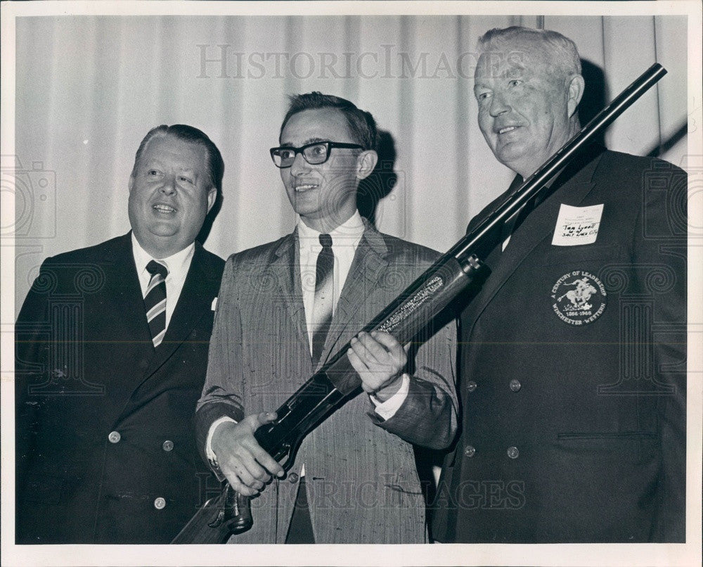 1967 Colorado Springs, CO Campbell's Gun Shop Owner James Cay Press Photo - Historic Images