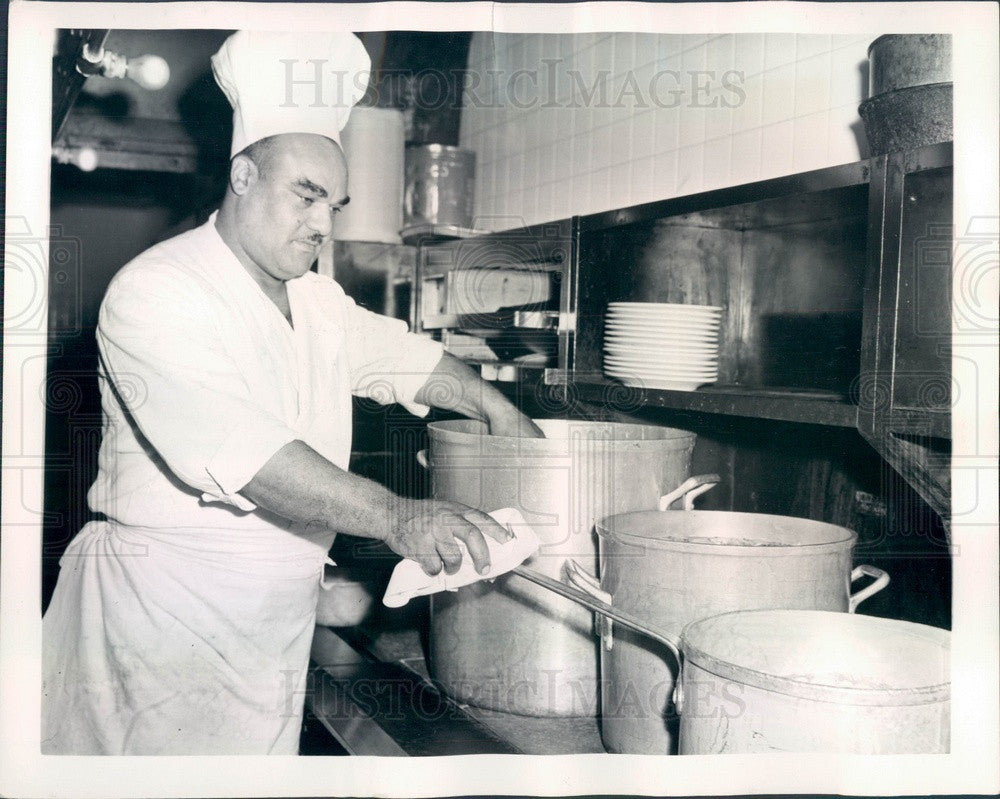 1944 Washington, DC Senate Restaurant Cook Leroy Forgy Press Photo - Historic Images