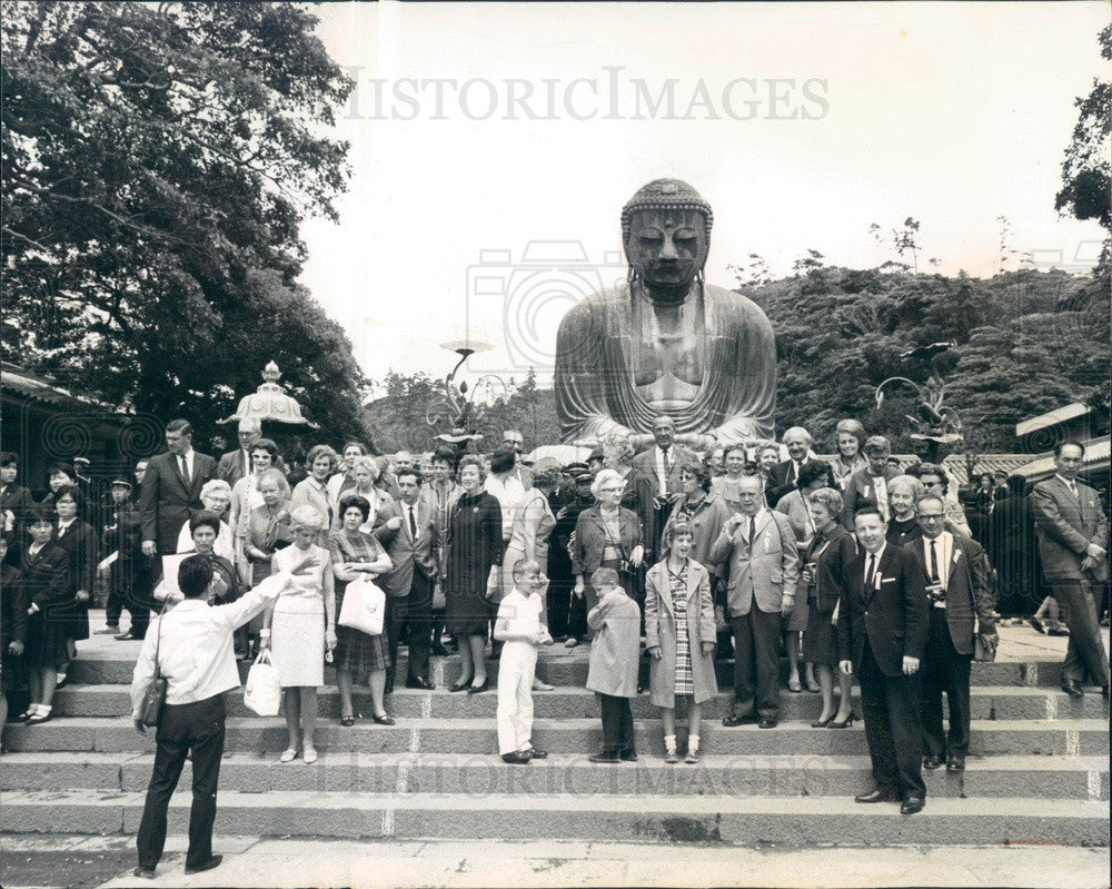 1966 Kamakura, Japan Bronze Buddha & Denver CO Mayor Tom Currigan Press Photo - Historic Images