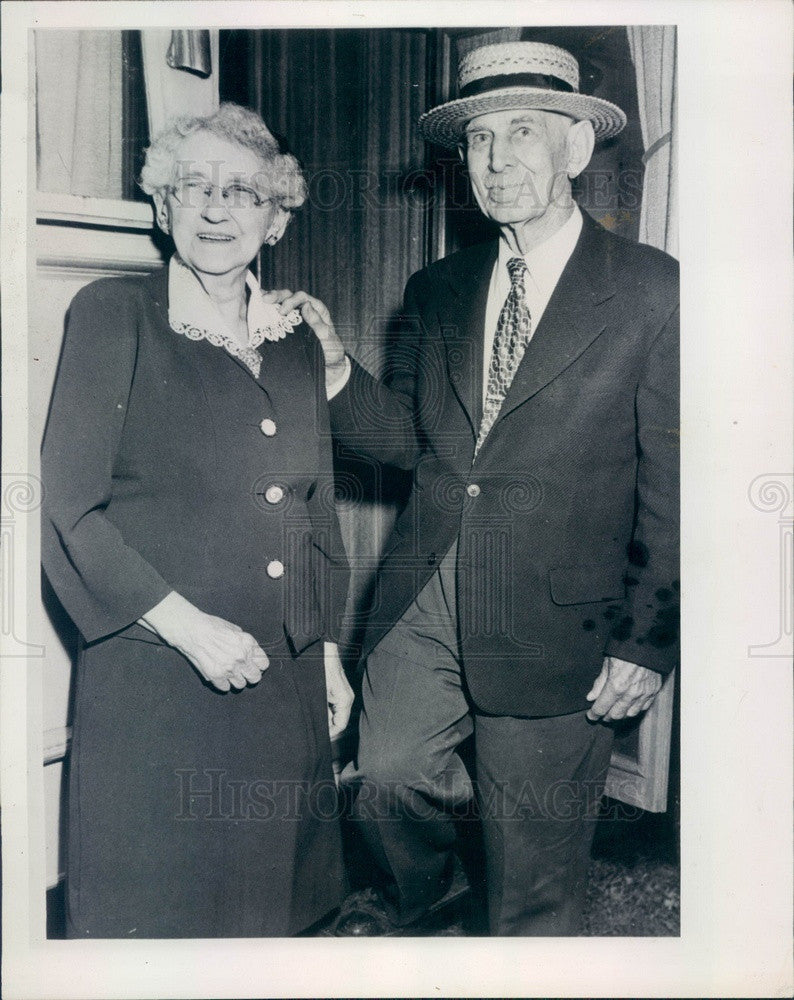 1945 Grand Haven, Michigan Mr. & Mrs. James Welch 70th Anniversary Press Photo - Historic Images