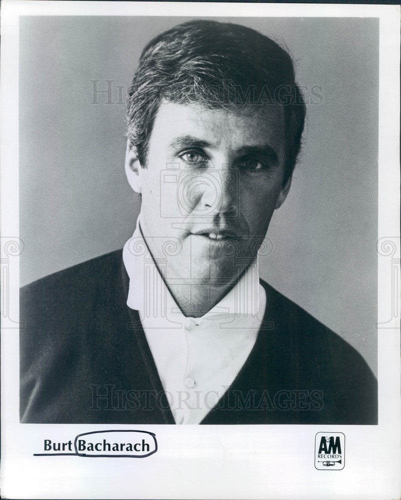 1985 Musician & Composer Burt Bacharach Press Photo - Historic Images