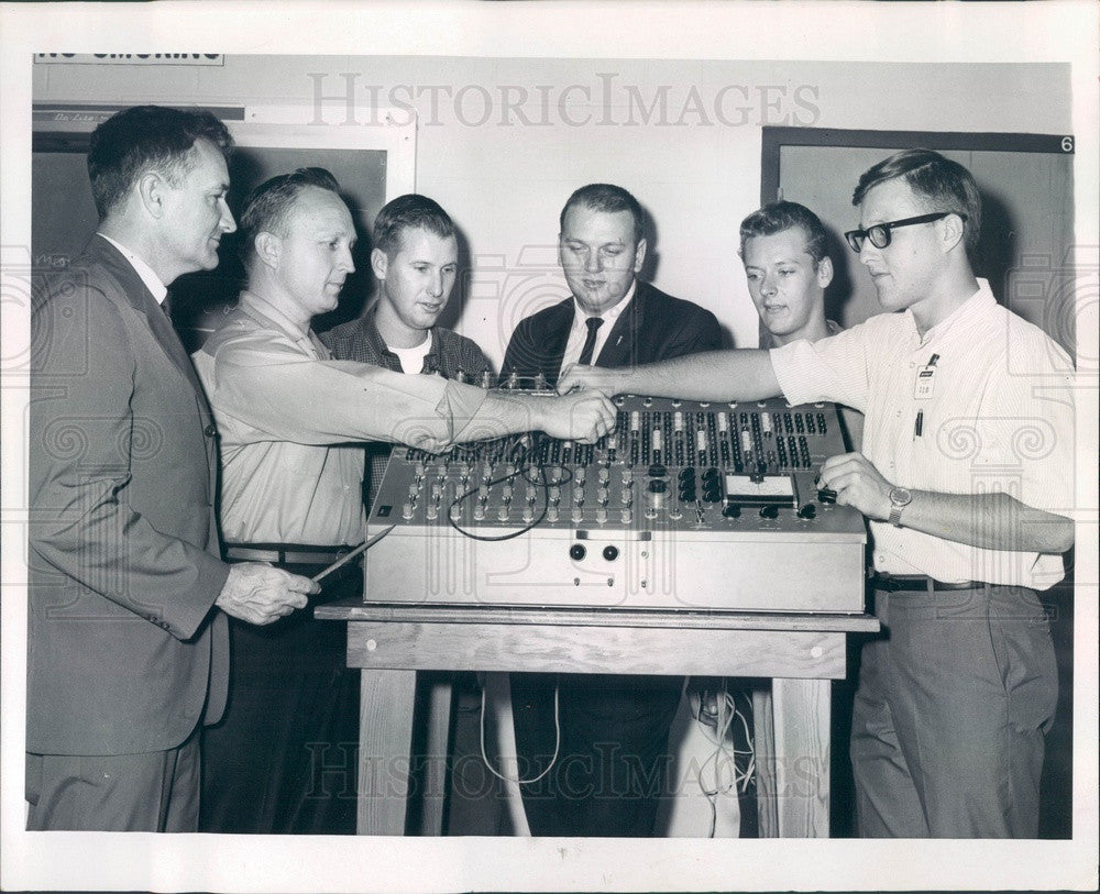 1965 Sarasota, Florida Electro-Mechanical Research Press Photo - Historic Images