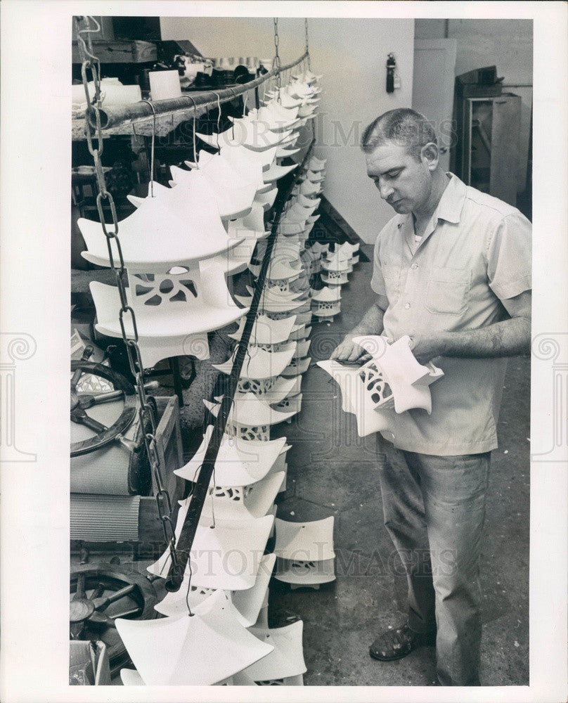 1966 St. Petersburg Florida Esco Lighting Products, Dan Owens Press Photo - Historic Images