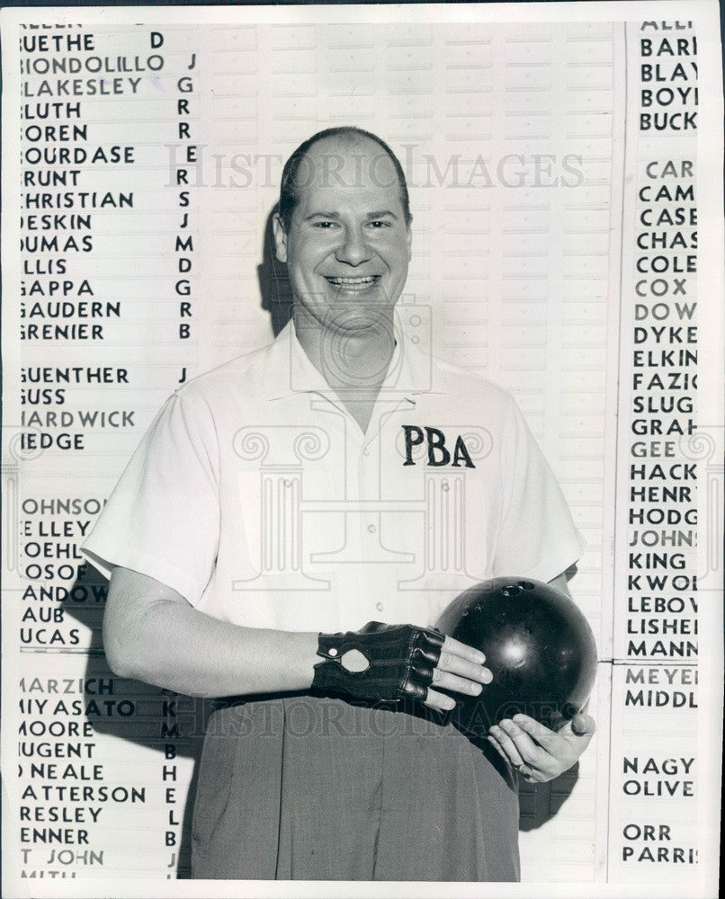 1968 Pro Bowler Billy Welu, Member of Lincoln Mercury Sports Panel Press Photo - Historic Images