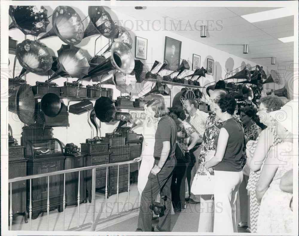 1976 Ft Myers, Florida Inventor Thomas Edison's Museum, Phonographs Press Photo - Historic Images