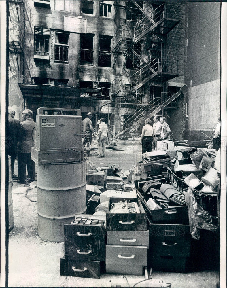 1973 Chicago, Illinois Fashion Trades Bldg Explosion Damage Press Photo - Historic Images
