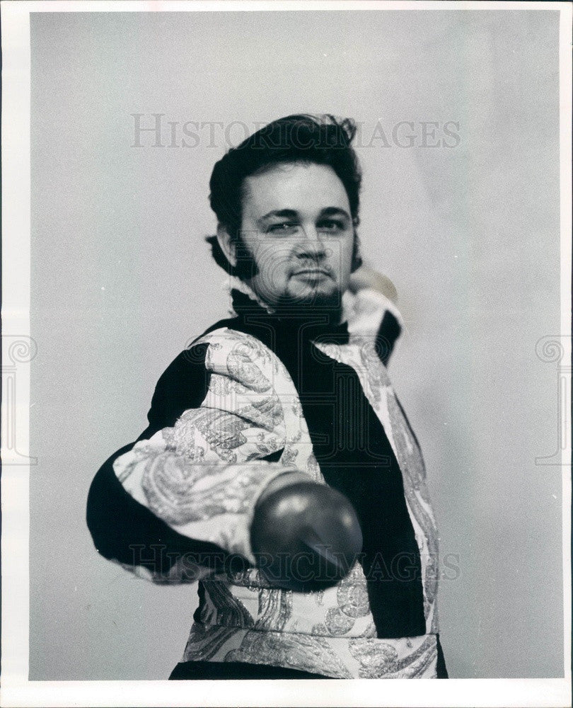 1971 Opera Tenor Dennis Kelly Press Photo - Historic Images
